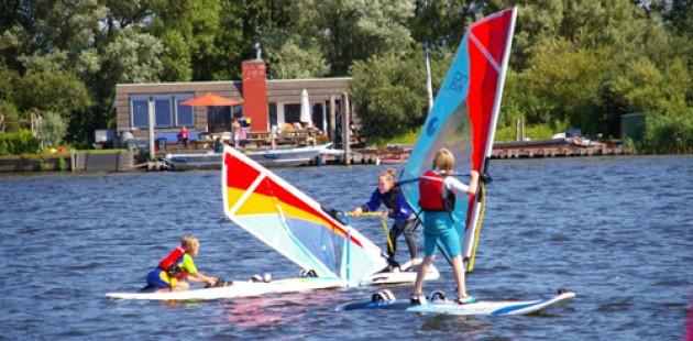 Dynamique Sporten, Vergaderen, bootverhuur en logeren Spaarndam